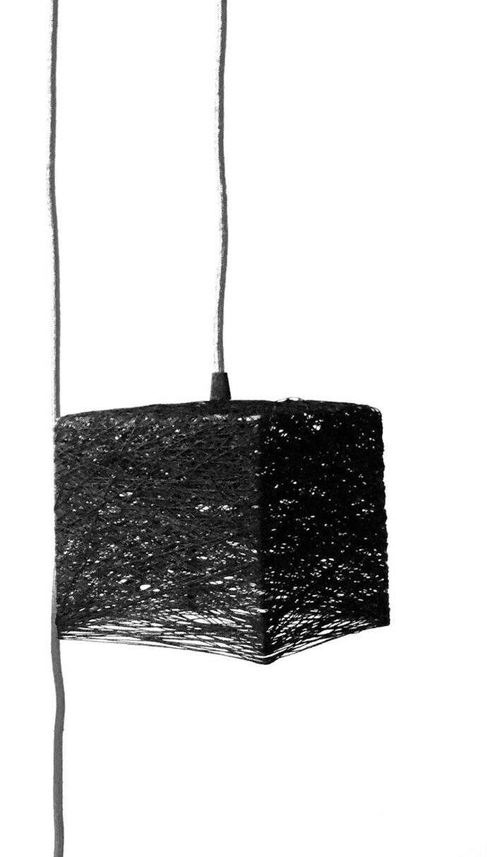 Lámpara de pared cubo con interruptor y enchufe hecha a mano artesanal