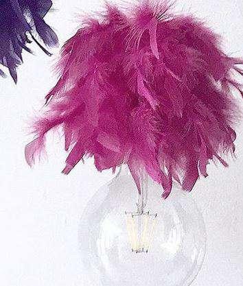 bombillas con plumas